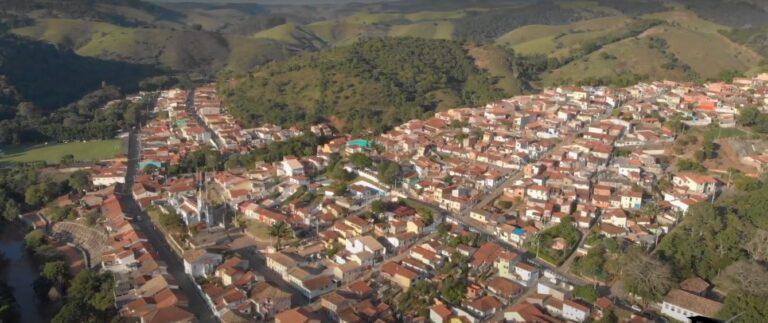 Sao Luiz do Paraitinga 768x323